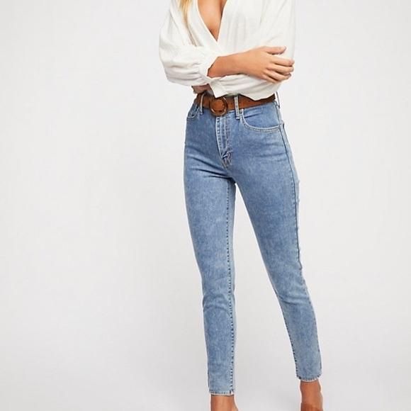 fc18a379b4d Free People Denim - NWOT Levi s Mile High Super Skinny Jeans